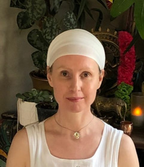(Saturday 3.30pm) Transforming the Wounds of Love with Angad Kaur